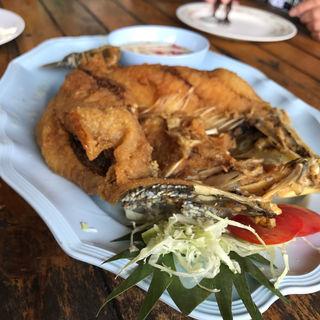 魚のフライ(SEAFOOD CHAMPION)