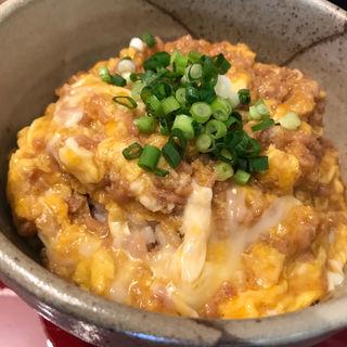鶏そぼろ親子丼(ファーバル薬局カフェ)