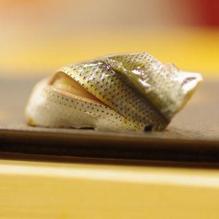 小鰭 (鮨處やまだ)