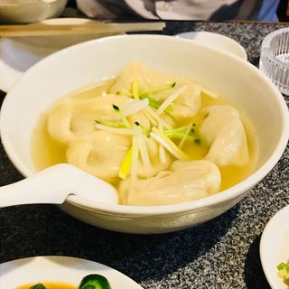 スープ水餃子(天鴻餃子房 有楽町店 )