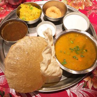 ミールスセット(インド料理 MUTHU (ムット))
