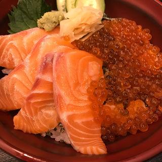 サーモン親子丼(築次郎)