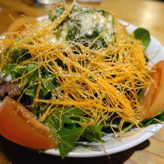 ネバネバ3種と豆腐の柚子ごまサラダ(さむらい )
