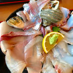 関の海鮮丼