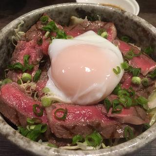 ステーキ丼(みそ汁、漬物付き)(Dining BONKURA(ボンクラ))