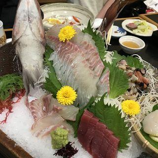 玄海盛(活魚 なべしま (かつぎょ なべしま))