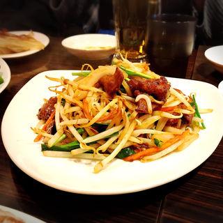 ニラレバー炒め(Verdi Dining Restaurant (ヴェルディダイニングレストラン))