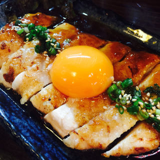 地鶏ステーキ(クシヤキ酒場ヤリキ 上野総本店)