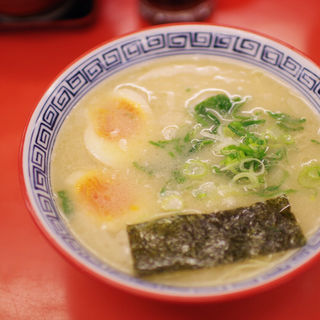 味玉ラーメン(金豚 土山店 (キンブタ))