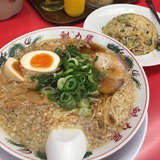 味玉ラーメン(並)焼飯定食(ラーメン 魁力屋 狩場店)