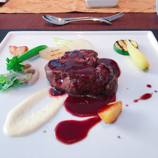 牛フィレ肉のステーキ(ビストロ・ヨシムラ )