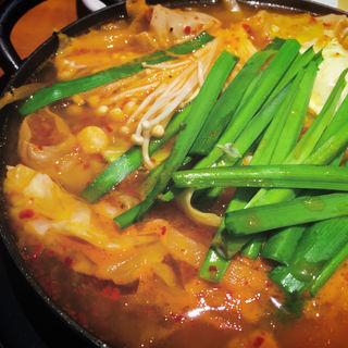 ホルモン鍋定食(王十里 サランチェ )