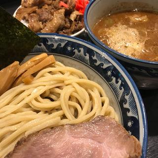 つけ麺  ミニ牛すじ丼(兎に角)