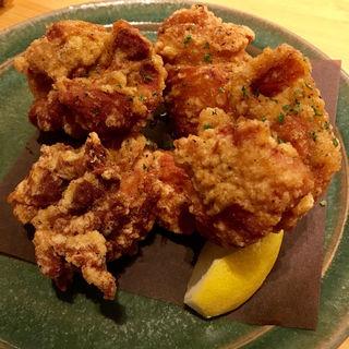 熊本ハーブ鶏 もも肉の唐揚げ(鶏食堂バル TORIICHI )