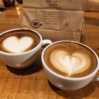 cafeラテ(ブレンズコーヒー 青山花茂店 (BLENZ COFFEE))