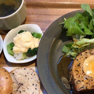 肉ランチ(café 634)