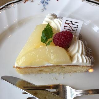 洋梨のタルトケーキセット
