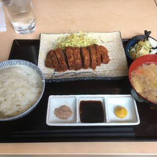 牛カツ定食(はたがやレバー 浅草橋店)
