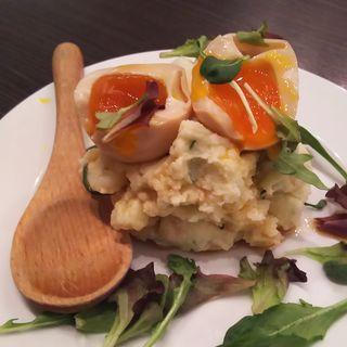 煮卵とろ~りポテトサラダ