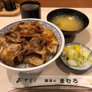 上豚丼(まむろ)