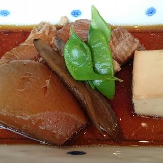 カレイの煮付け定食(酢重ダイニング)
