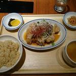 週替わりランチ(油淋鶏定食)