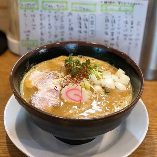 カレー牛乳味噌ラーメン(中華そば桐麺)