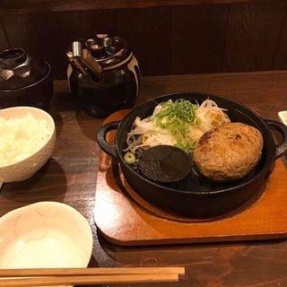 神戸牛切り落とし入り粗挽きハンバーグ(神戸牛ハンバーグとステーキの店 いち 本店 )