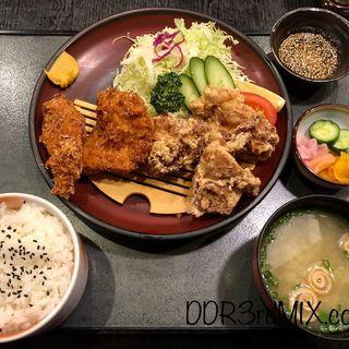 鳥合わせ定食(登利平)