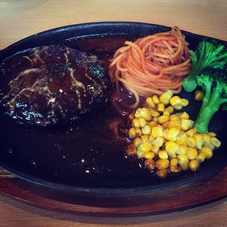 和牛ハンバーグステーキ自家製デミグラスソース(リベル (洋食堂リベル))