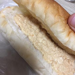 ピーナッツコッペ(パン屋 P-BOX)