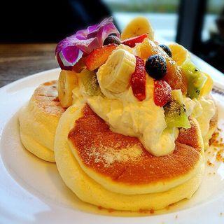 ハワイアンフルーツパンケーキ(メレンゲ みなとみらい店)