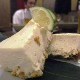 秋鹿の酒粕でチーズケーキ(和っか (ワッカ))