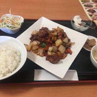 鶏肉の中華味噌炒め (ランチ)(台湾一品餃子酒場)