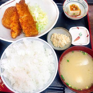 ミックスフライ定食 白飯(ひさや食堂)