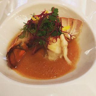 オマール海老のソテー 完熟メロンのスープ仕立て(Bruno del vino (ブルーノ デル ヴィーノ))