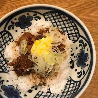 どて煮丼(居酒屋おかん )