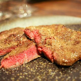 ジャージー牛のサーロインステーキ(格之進Neuf)