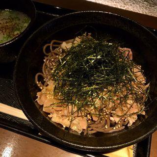 温かい牛肉蕎麦(禅 (ゼン))
