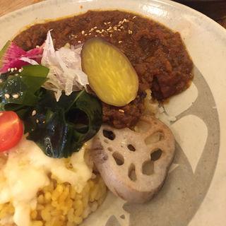 じっくり煮込んだ野菜のカレー(OVE (オーブ))