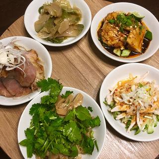 前菜盛り合わせ5品(矢場CHINA (ヤバチャイナ))