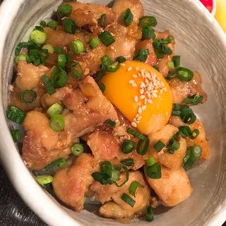 鶏丼(日本酒BAR 四季 )