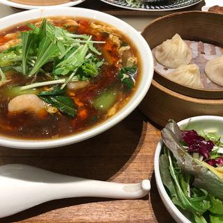海老入りサンラータン麺セット(ディムジョイ (DIM JOY))