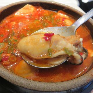 牡蠣スンデゥブ(東京純豆腐 天神IMS店 (トウキョウスンドゥブ))