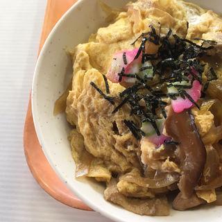 親子丼(札幌市交通局 豊水すすきの駅食堂)