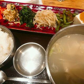 タッコムタン定食(韓国鶏鍋 GOCHU (コチュ))