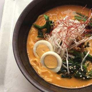 担々麺(札幌第2合同庁舎9階食堂)