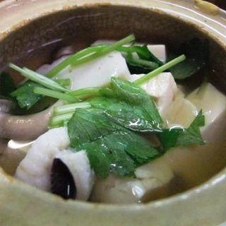 湯豆腐(奴寿司)