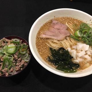 麺とミニ丼セット(味噌ラーメンと豚ニラ丼)(づけ麺秀 中野店)