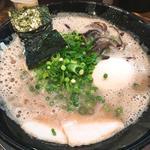 味玉ラーメン(博多一双 中洲店 )